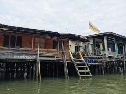 Kampong Ayer - Old Houses